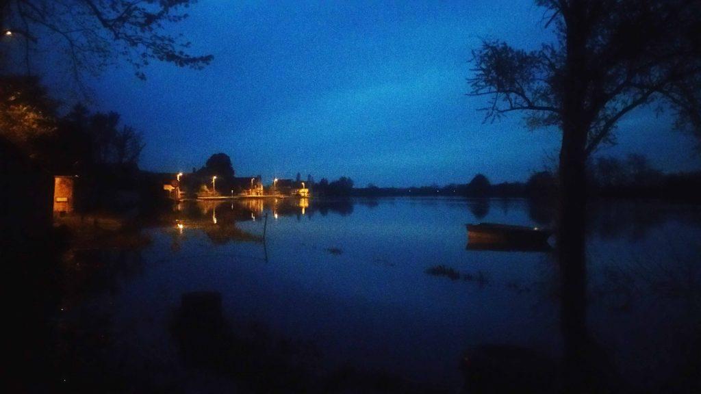 Inondation avril 2016, vue de nuit