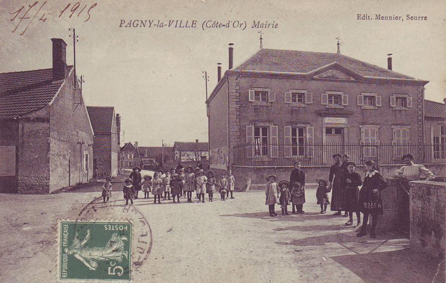 La Mairie rue de l'église